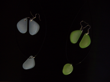 Светящиеся кулоны и сережки